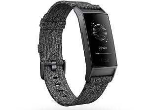 NY OG BEDRE: Ifølge Fitbit er den nye Charge 3 bedre designet, har bedre batteri og har flere funksjoner enn sine forgjengere. Foto: Produsenten
