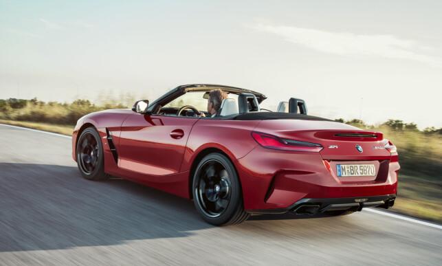 LOVER KJØREGLEDE: Spenstige linjer og aggressivt utseende vitner om sportslige ambisjoner. Vi gleder oss til å prøvekjøre nye Z4! Foto: BMW