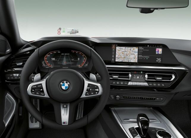 SYLFERSKT INTERIØR: BMW-interiør anno 2018 sladrer om at det er en helt ny generasjon Z4 vi har med å gjøre. Foto: BMW