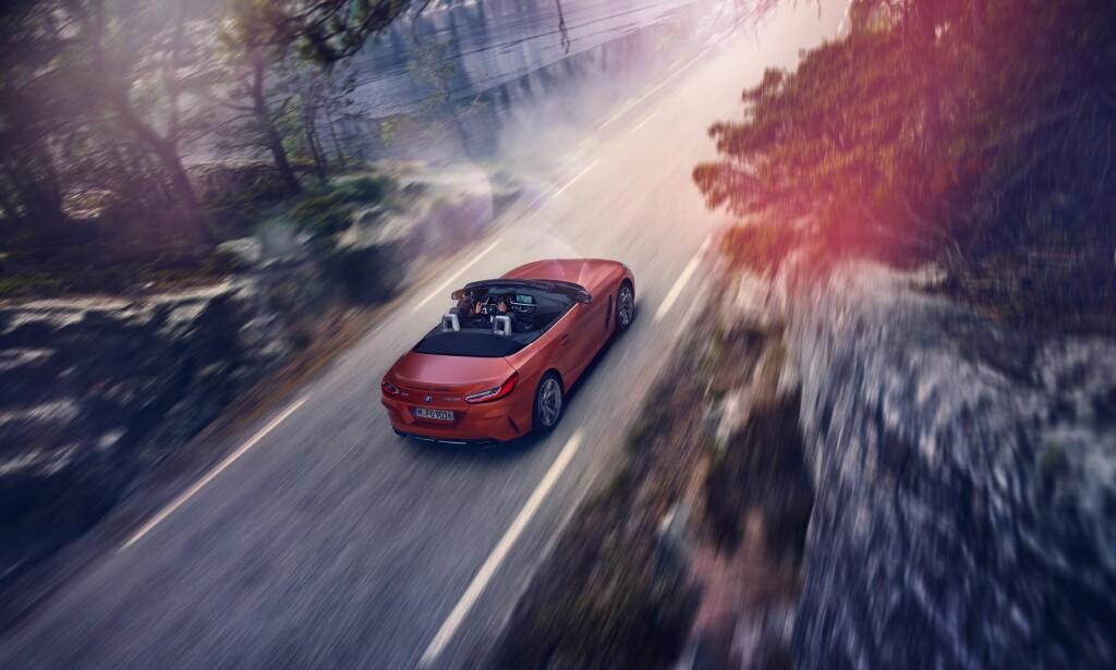 I NORSK NATUR: Denne typen veier regner vi med er det rette element for den nye roadsteren enten det er langs Highway 1 i California eller langs småveier på norskekysten, som her. Foto: BMW