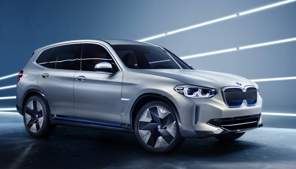 Nær slektning: iX3 er et opphav av den ordinære X3. Foto: BMW