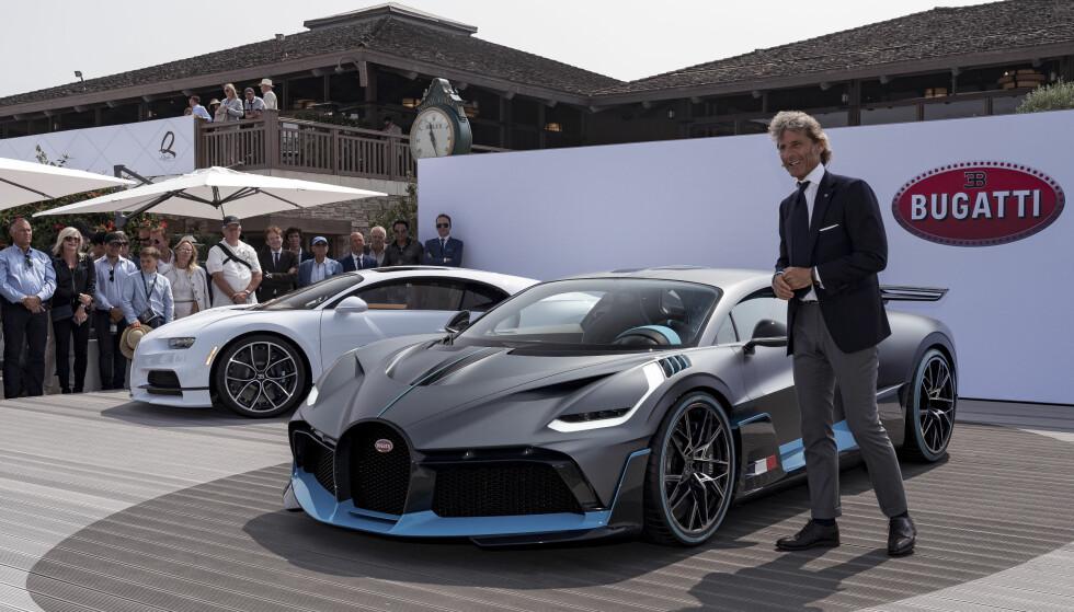 HYPERSPORTSBIL: Her har Bugatti-president Stephan Winkelmann nettopp dratt duken av den eksklusive produsentens nyeste: Divo. Som Veyron og Chiron, er den oppkalt etter en fransk racerkjører for Bugatti fra mellom-/etterkrigstiden. Foto: Bugatti