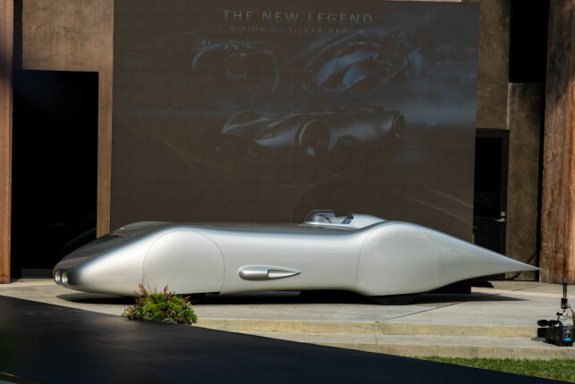 REKORDVOGNA: Slik så Mercedes-Benz W125 Rekordwagen ut i 1938. Den var basert på løpsbilene W125, men fikk dette ultra-aerodynamiske karosseriet utviklet med hjelp fra flyprodusentene Heinkel og Messerschmitt. Foto: Daimler