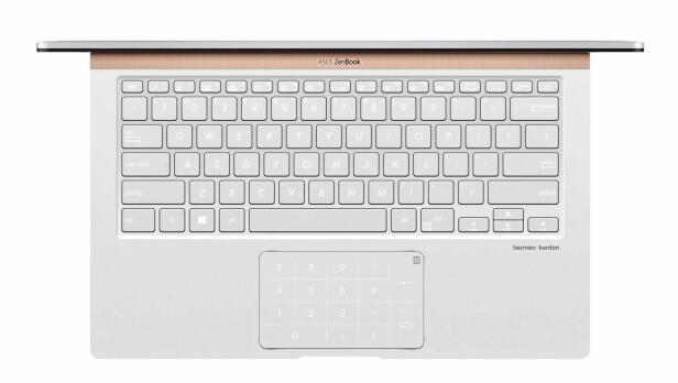 GIMMICK: 13- og 14-tommerutgaven av nye Zenbook kommer med et talltastatur innebygd i styreflaten. Foto: Asus