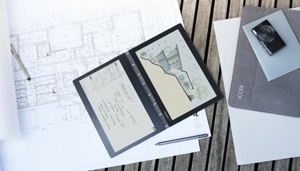 TO SKJERMER: I stedet for tastatur har Yoga Book C930 fått en e-ink-skjerm. Foto: Lenovo