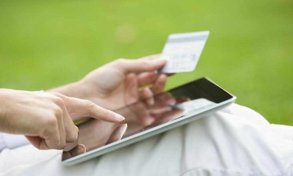 TASTET FEIL KONTONUMMER? Hva skjer egentlig dersom du taster feil kontonummer når du skal betale noen - eller noen skal betale deg? Foto: Shutterstock/NTB scanpix