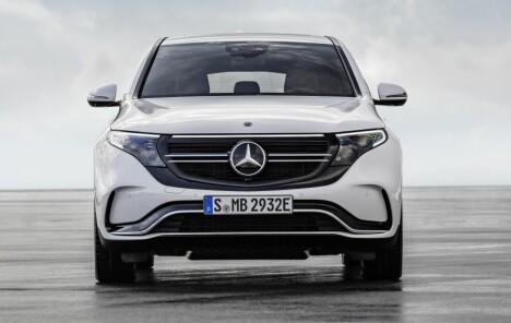 <strong>NY DESIGN:</strong> For å markere at det er snakk om en helt ny bil og drivlinje har MB klekket ut et nytt designspråk. Foto: MB