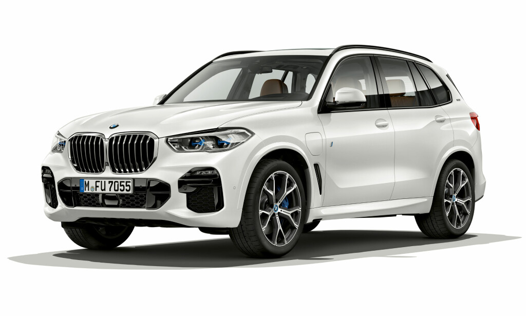 ENDELIG: BMW X5 45e er en ladbar hybrid som virker. Foto: BMW