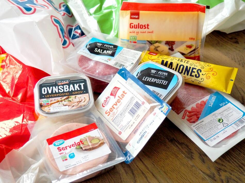 BILLIG PÅLEGG? Du kan spare mye på å velge butikkenes egne merkevarer når du handler pålegg - i stedet for å gå for merkeproduktene. Foto: Kristin Sørdal