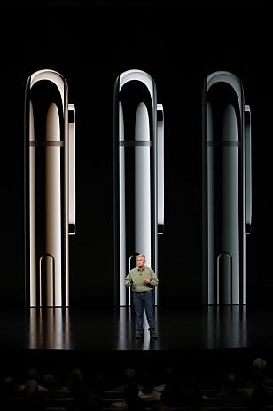 <strong>NÅ I GULL:</strong> iPhone XS og XS Max har fått en ny farge for året, nemlig gull. Den er i rustfritt stål som før Foto: Stephen Lam/Reuters/NTB Scanpix