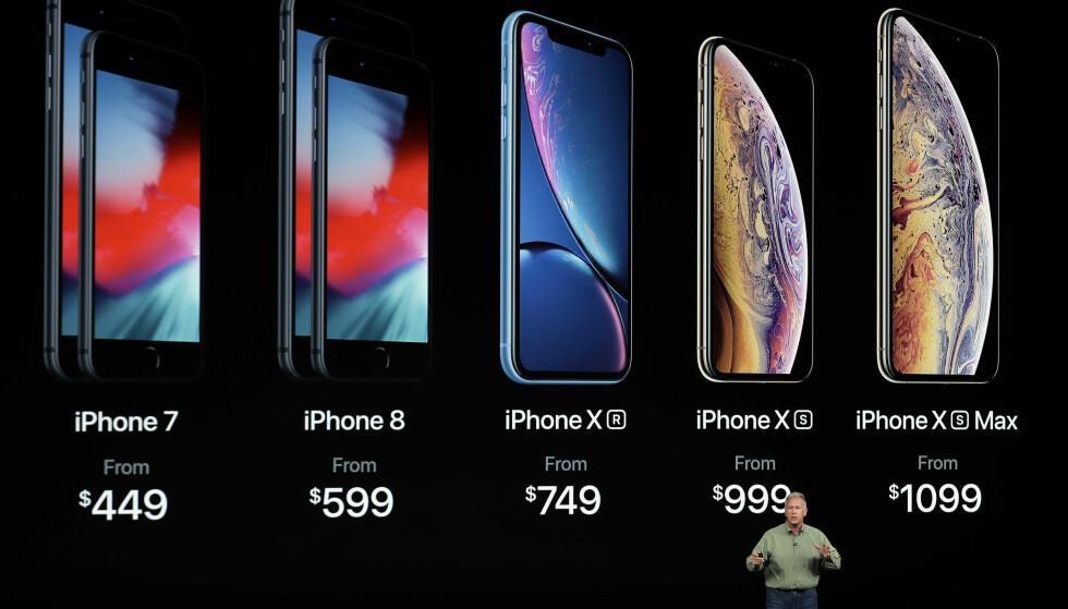 <strong>DE GAMLE FORBLIR I SALG:</strong> iPhone 7 og iPhone 8 vil selges ved siden av iPhone Xr, Xs og Xs Max. Foto: Marcio Jose Sanchez/AFP Photo/NTB Scanpix