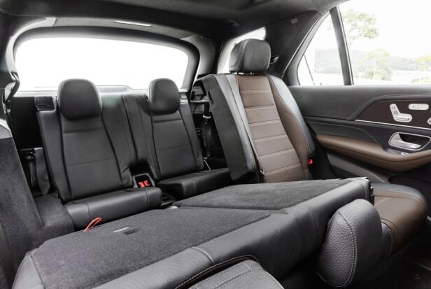 EN EKSTRA SETERAD: Nye GLE er lengre enn forgjengeren, og dermed har to ekstra seter bakerst fått plass. Foto: Daimler AG