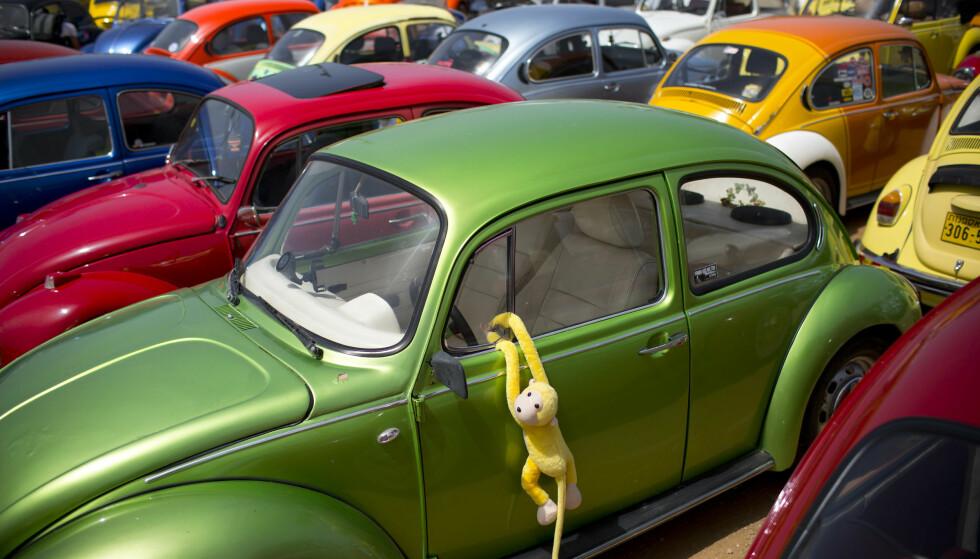 SLUTT FOR BOBLA: Den ble opprinnelig utviklet og designet på 1930-tallet og over 80 år senere er siste utgave av Bobla fortsatt i produksjon i Sør-Amerika. Men snart er det slutt for den folkekjære bilmodellen, selv om en fremtidig reinkarnasjon ikke utelukkes. Foto: Oded Balilty / AP / NTB scanpix