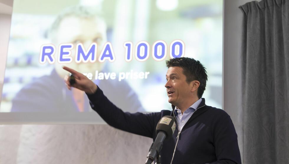 FARVEL TIL FORSIKRING: Rema 1000 slutter med forsikringsvirksomhet. Bildet viser Rema-sjef Ole Robert Reitan under framleggelsen av Reitangruppens årsresultat for 2017 i februar. Foto: Thor Nielsen/NTB scanpix.