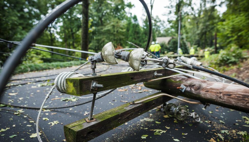 REFUSJON VED STRØMBRUDD: Blir strømmen borte i mer enn 12 timer, kan du kreve penger tilbake fra strømselskapet. Foto: Shutterstock/NTB scanpix