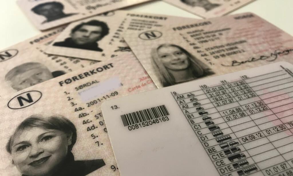 HAR FÅTT FEIL FØRERKORTKLASSE: Hundrevis av nordmenn vil i løpet av kort tid motta brev fra Statens vegvesen om at de har feil på førerkortet. Foto: Øystein Fossum
