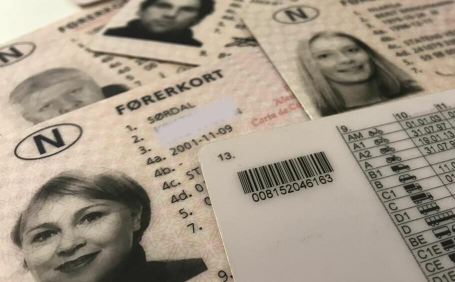 GAMMELT FØRERKORT? Fikk du førerkort før 19. januar 2013? Sjekk vegvesenets nye regler for fornying av førerkortet. Foto: Øystein Fossum