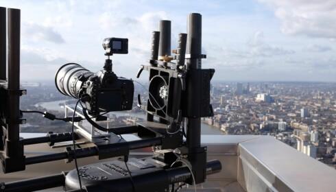 Ved hjelp av spesialutstyr knipset kameraet 260 bilder hver time i ett døgn -med nøyaktig samme vinkel hver gang.