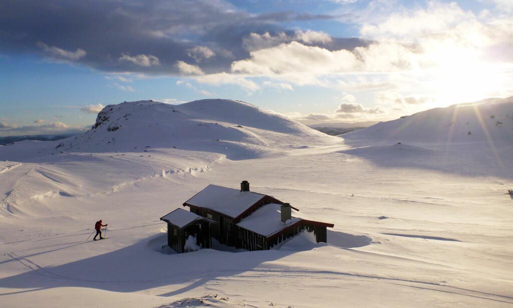 FJELLHYTTE: Lyst på din egen fjellhytte? Prisforskjellen er enorme avhengig av hvor i landet du kjøper. Foto: NTB Scanpix