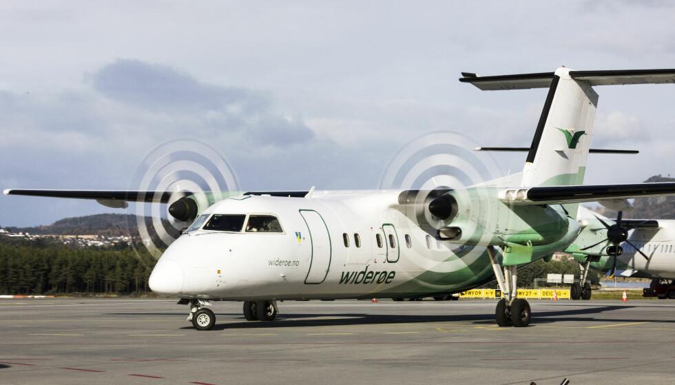 PROBLEMER: Widerøe setter flere fly på bakken. Foto: NTB Scanpix