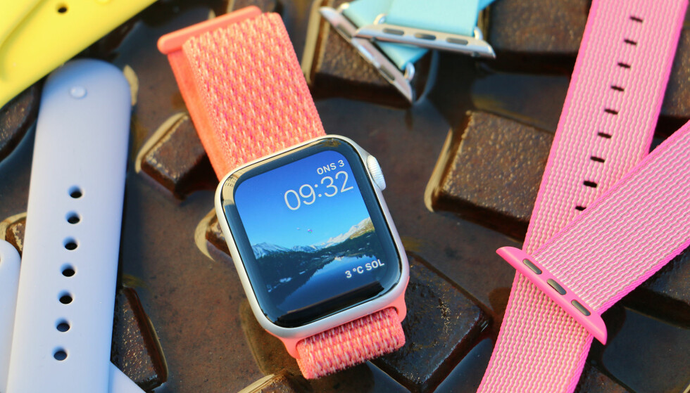 STØRRE ER BEDRE: Apple Watch har fått større skjerm, og er bedre enn noensinne. Men det er ikke bare den nye skjermen som gjør det. Foto: Kirsti Østvang