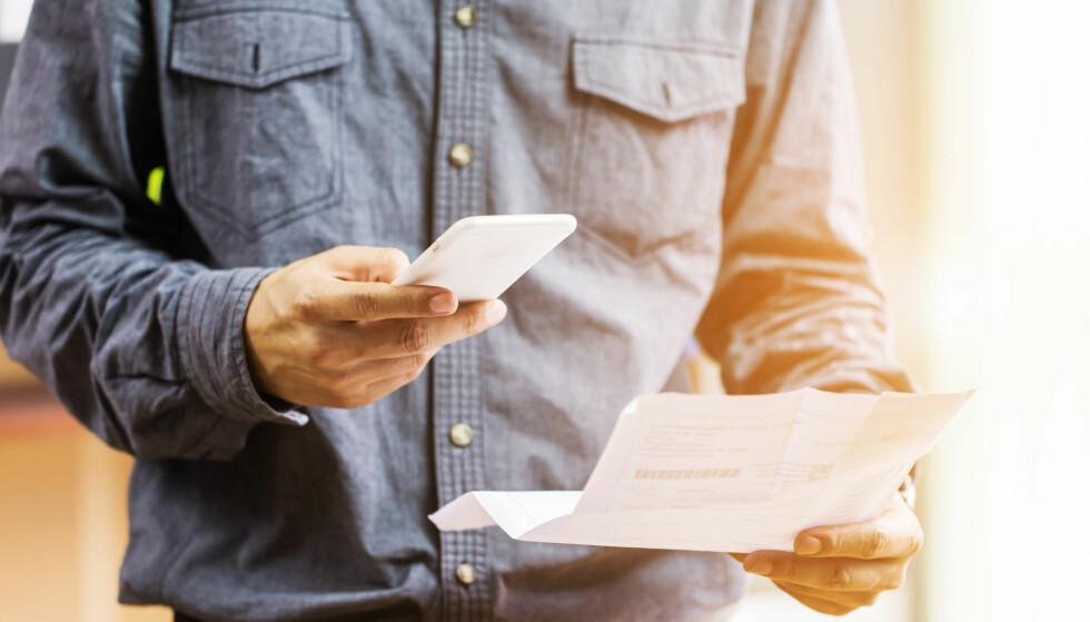 <strong>KONTROLLÉR AVSENDEREN:</strong> Stusser du over hvem som har sendt deg regningen, lønner det seg å sjekke vedkommende før du betaler. Foto: Shuttestock/NTB Scanpix.