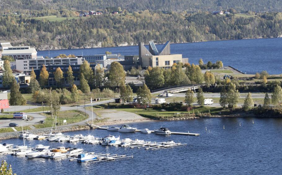 BILLIGERE ENN NABOEN: Notodden kommune (på bildet) betaler 7.424 kroner mindre i kommunale avgifter sammenlignet med nabokommunen Hjartdal. Foto: Terje Bendiksby/NTB scanpix