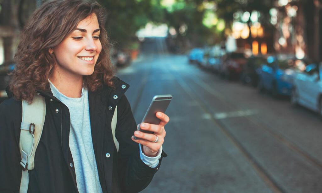 FORNØYDE: Jevnt over er nordmenn meget godt fornøyde med mobiloperatøren sin, men noen kommer ekstra godt ut av det. Foto: Shutterstock / NTB Scanpix