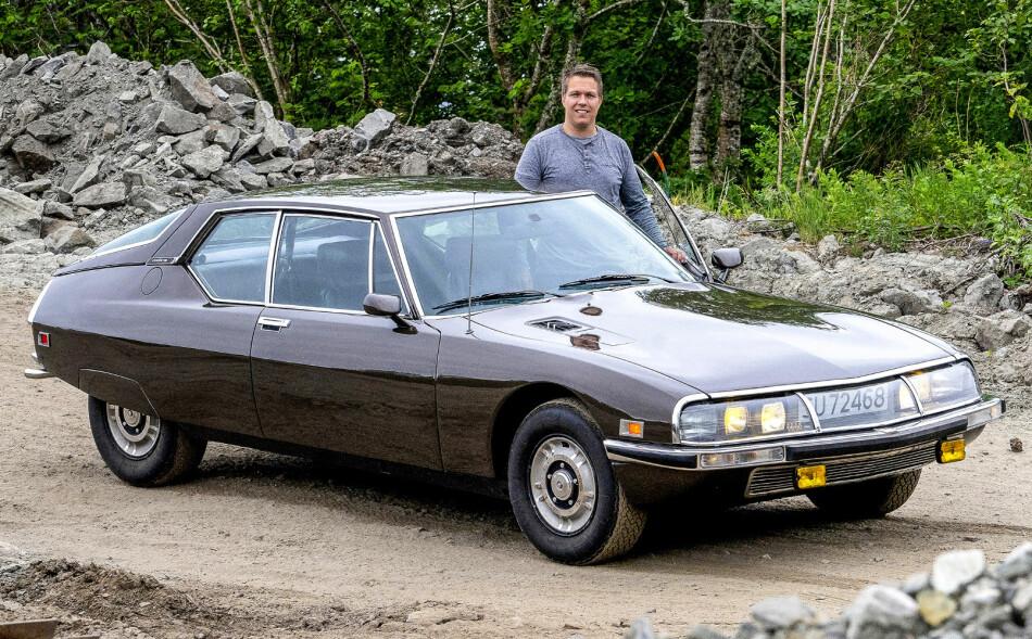 SOLGTE LITE: Noen stor suksess ble Citroën SM ikke. Under 13.000 ble laget i løpet av de seks produksjonsårene. Kun fire ble solgt nye i Norge. Foto: Paal Kvamme