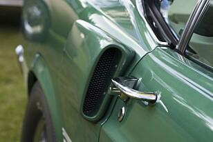 KJØLING: Luftinntaket er bare til pynt, men gir bilen et skikkelig barskt utseende. Foto: Paal Kvamme.