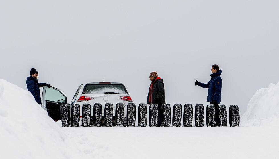 VÆR FLEKSIBEL: Velg deg ut et par-tre dekkmerker som passer ditt behov før du ringer rundt. Da kan du spare mest. Foto: Lasse Allard
