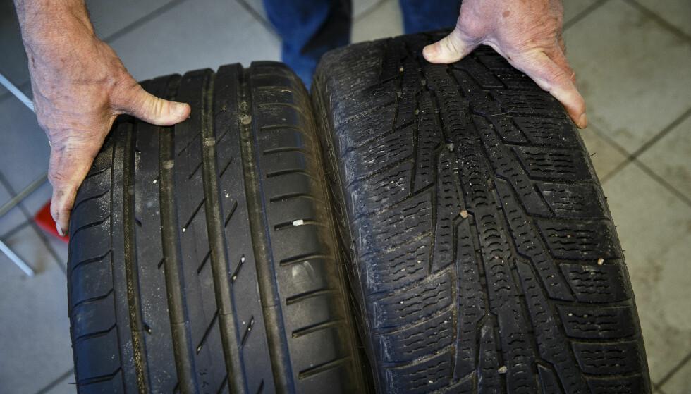 DÅRLIGE DEKK: Dårlige dekk har vært en medvirkende årsak til flere av dødsulykkene på vinterføre i Norge de tre siste årene, ifølge en gjennomgang av ulykkesrapportene. Foto: NTB scanpix