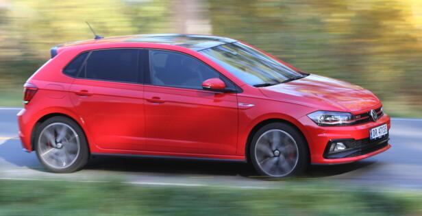 VOKSEN: VW har gjort Polo voksen og praktisk. Dessverre så blir det hovedargumentet for å velge denne, ikke kjøregleden. Foto: Rune M. Nesheim