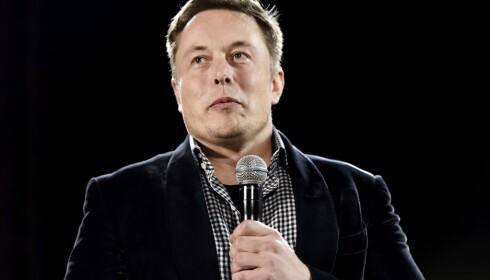 KAN SMILE: Elon Musks Tesla Model 3 opplever gode salgstall hjemme i USA. Foto: Kevork Djansezian/Getty Images/AFP