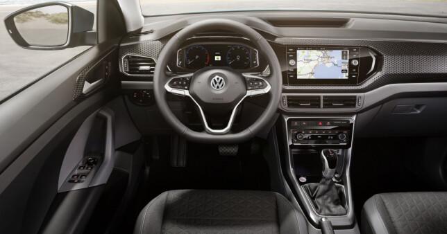 TYPISK VOLKSWAGEN: Ingen kjennere av merket vil bli forvirret av dette førermiljøet. Foto: Volkswagen