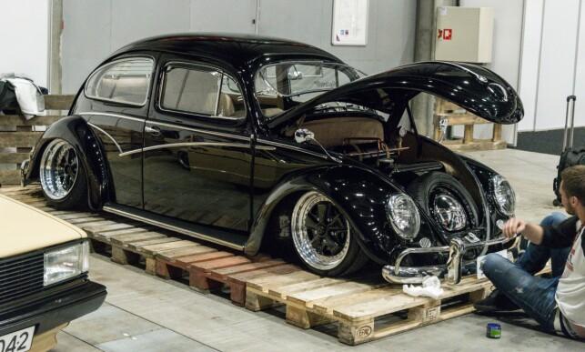 IKON: Volkswagen Boble-entusiaster slutter aldri å imponere oss over hvor langt de er villige til å gå, for å få en unik bil. Foto: Jamieson Pothecary