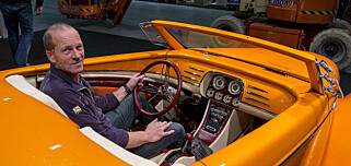 TIDKREVENDE: John Lien og sju andre spesialister har brukt åtte måneder på å bygge denne bilen. Foto: Jamieson Pothecary