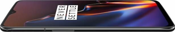 OnePlus 6T har et dråpeformet mobilhakk. Foto: OnePlus