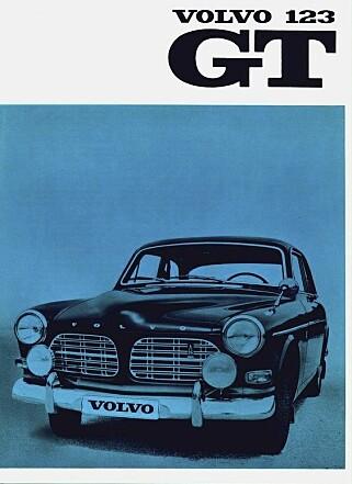 HÅNDBOOK: Original håndbook til Amazon GT fra 1956. Foto: Paal Kvamme