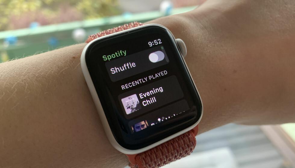 DENNE HAR MANGE VENTET PÅ: Endelig ser det ut til at Spotify kommer med en offisiell app til Apple Watch. Foto: Kirsti Østvang