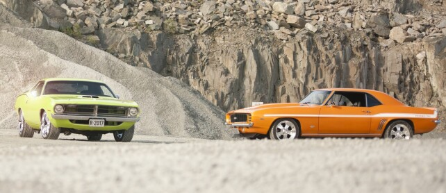 DELER INTERESSEN: De to er så heldige å ha samme hobby. Så man ser dem ofte på tur i hver sin bil! Foto: Kaj Alver
