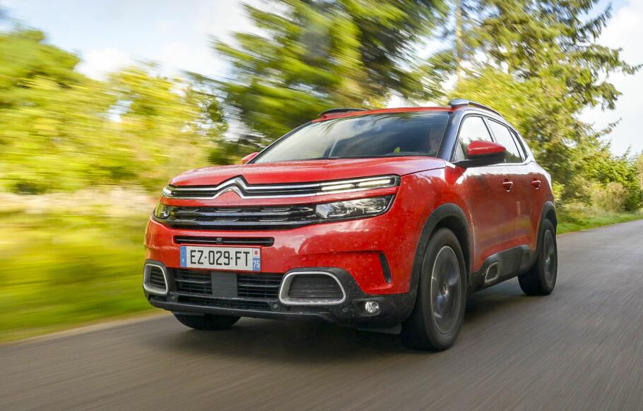 SPENNENDE FOR NORGE: Citroën C5 Aircross blir tilgjengelig under 300.000 kroner og vil fås med to diesel-, to bensin- og en ladbar hybrid-variant. Foto: Jamieson Pothecary
