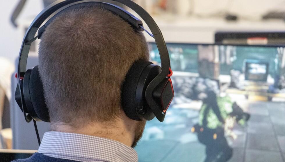 HP OMEN MINDFRAME: Savner du kjøling på ørene? Da har du Omen Mindframe. Foto: Pål Joakim Pollen