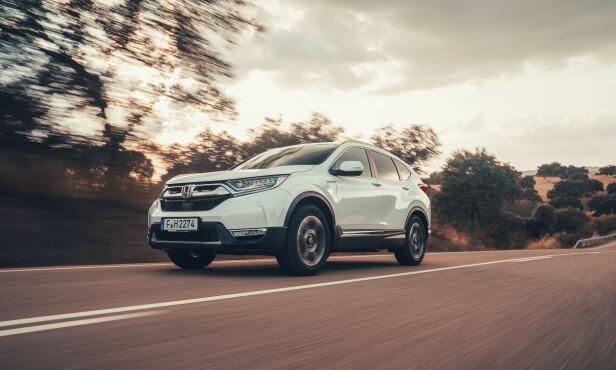 FIN PÅ VEIEN: Honda har lykkes godt med understell, komfort og støy. Foto: Honda.