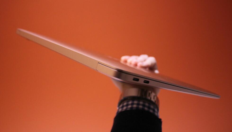 MacBook Air er en av de tynneste bærbare på markedet.