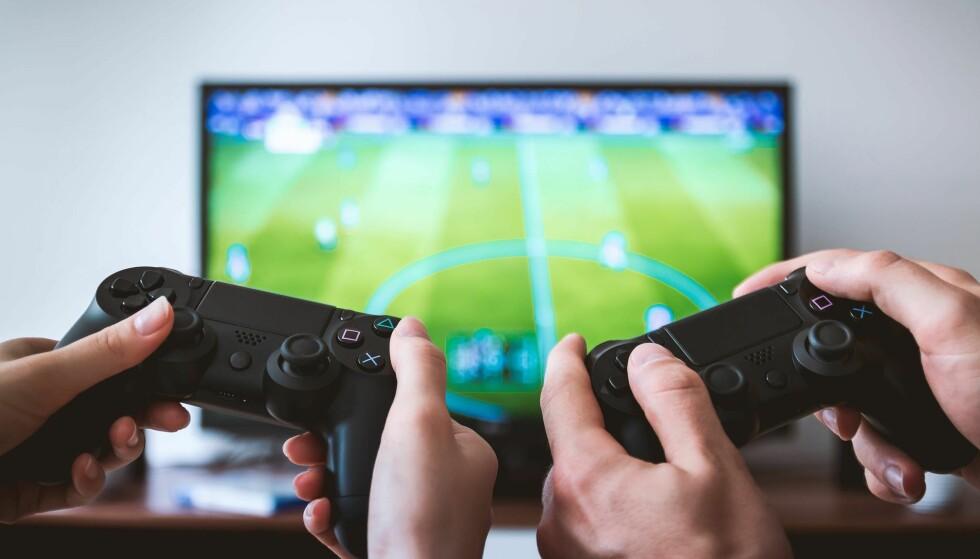 ÅRETS SPILLTIPS: Det kan være vanskelig å finne riktig spill, og da kan gavekort være en vel så bra løsning. Foto: Pexels
