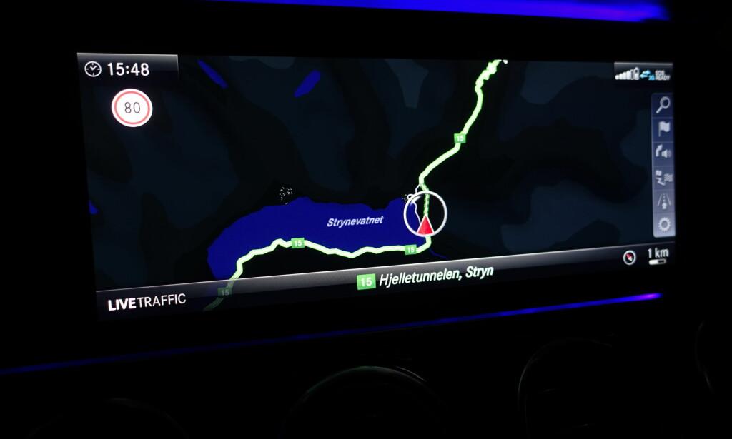 LANGTUR: Hønefoss-Oppstryn-Hønefoss nonstop. ga oss en kjørelengde på 81 mil. Da toppet vi bensintanken med 49,41 liter diesel. Foto: Rune M. Nesheim