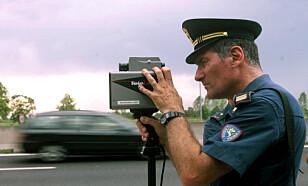 PASSER PÅ: Italiensk politi har fått sin fulle hyre med å skrive ut fartsbøter. Foto: NTB Scanpix