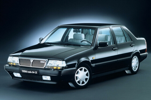 LANCIA THEMA TURBO 16v LX: Foto: Press