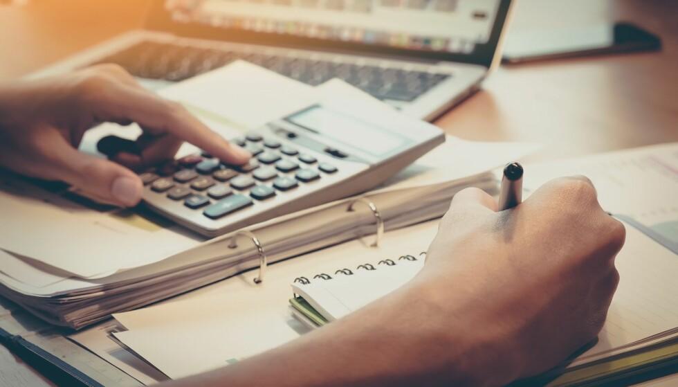 FORLENGER FRISTEN: Regjeringen vil forlenge overgangsordningen til aksjesparekonto. Foto: Shutterstock / NTB Scanpix